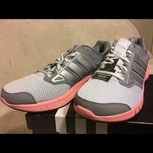 Zapatillas de corriendo Adidas womans 9 Galactic Elite poshmark